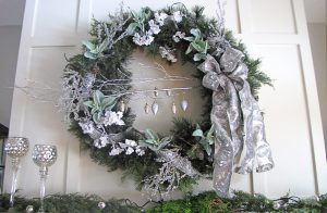 wreath-unlit